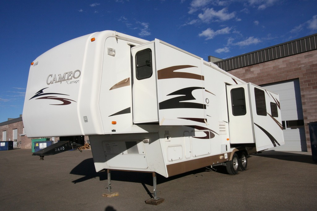 ***SOLD***2007 CARRIAGE CAMEO 34CK3 HIGH QUALITY COACH SALE $22900