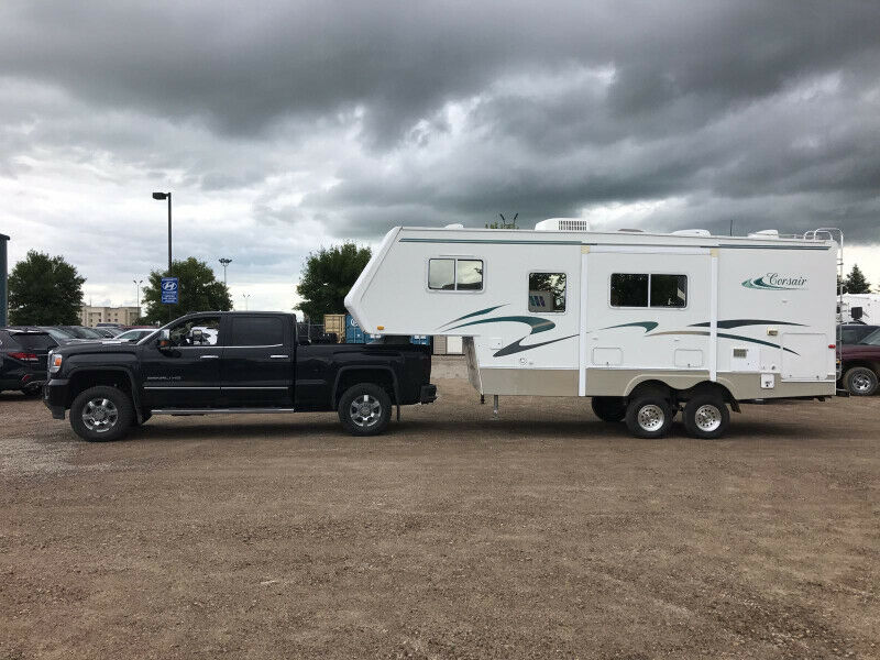 2003 GENERAL COACH CORSAIR 25' 5TH WHEEL