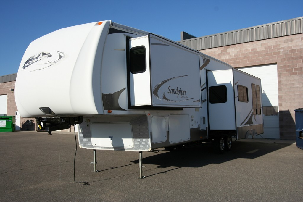 ***SOLD***2008 SANDPIPER 315BHT BUNKHOUSE 3 SLIDES BATH AND A HALF $18900
