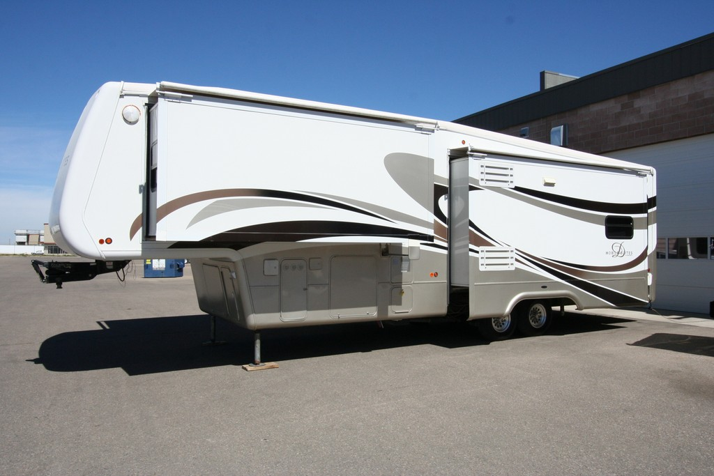 ***SOLD***2008 DRV MOBILE SUITES 36SB3 FULL TIME ALL WEATHER COACH $34900