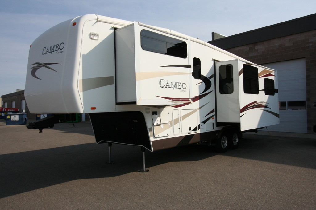***SOLD***2011 CARRIAGE CAMEO 31KS3 ALL SEASON COACH $34900