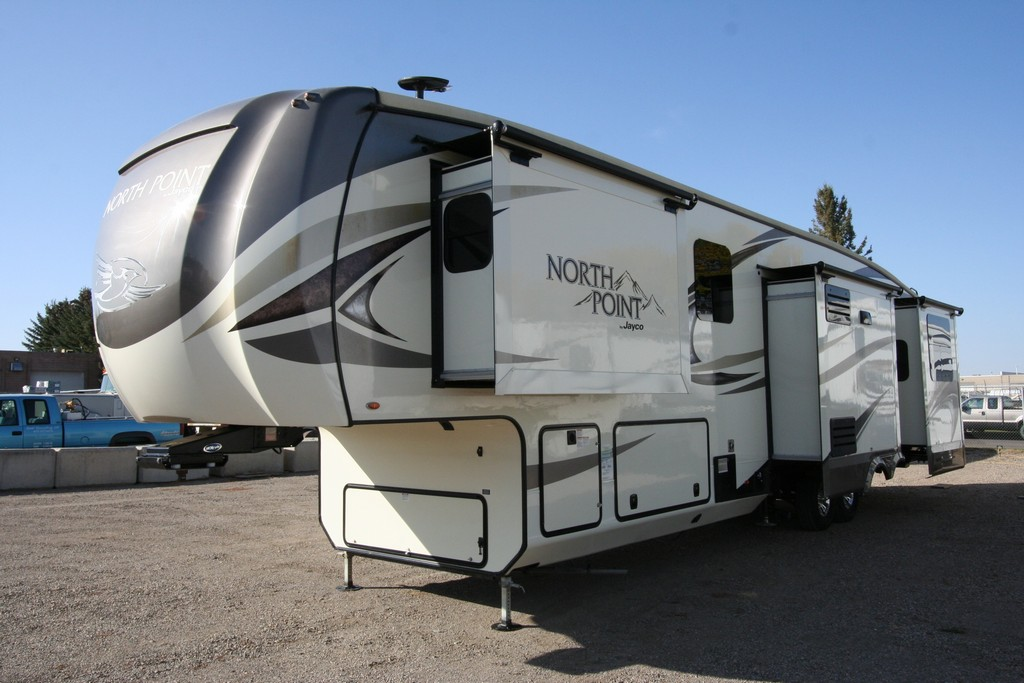 2018 JAYCO NORTH POINT 361RSFS LUXURY COACH 5 SLIDES $79900